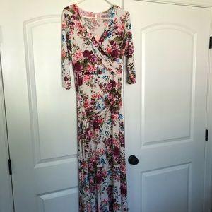 Women's maternity floral maxi dress